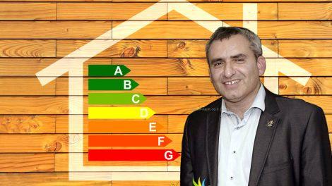 השר להגנת הסביבה מר זאב אלקין | רקע: מיזמי התייעלות אנרגטית | צילום: משרד האנרגיה | עיבוד צילום: שולי סונגו